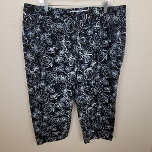 LizGolf Cream Blue Abstr. Floral Cropped Pants 20W